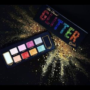 Too Faced - Glitter Bomb Prismatic Eye Shadow 🎨